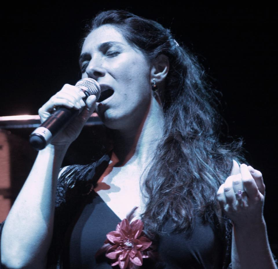 Paula Frondizi (6)