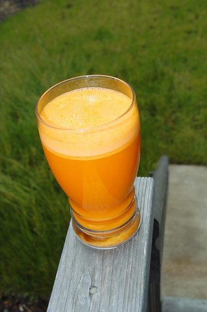 carrot-juice-665825_640