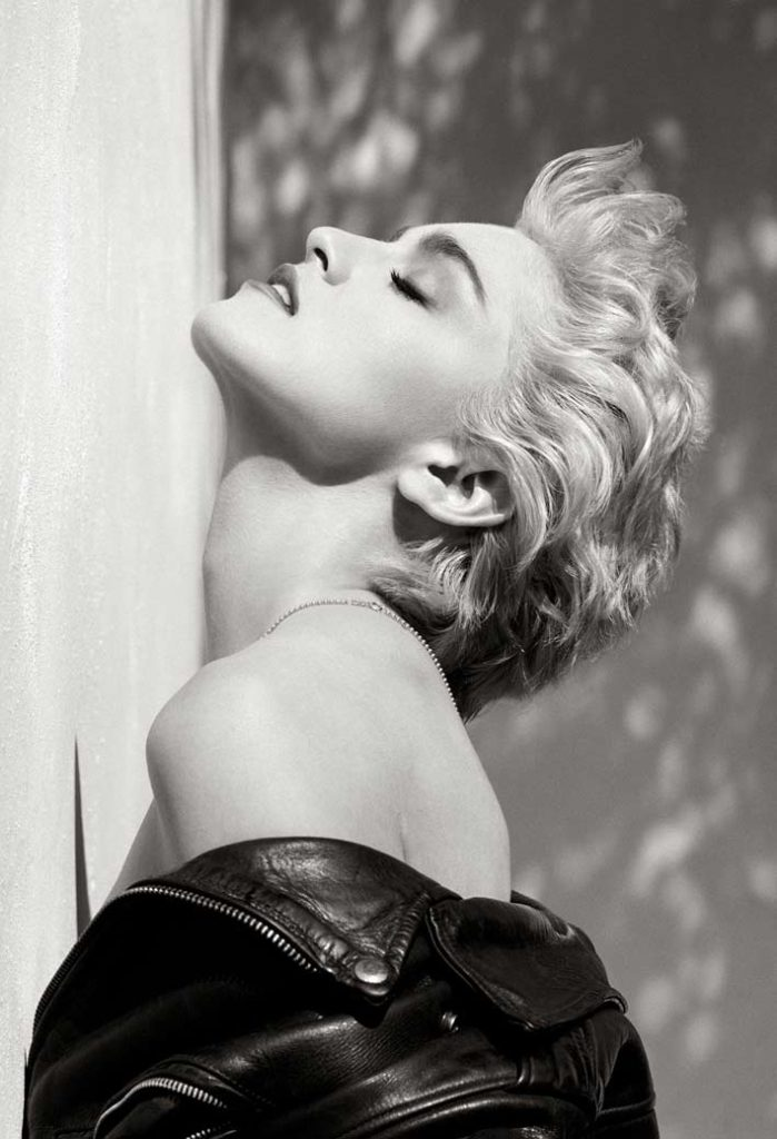 Herb-Ritts-Madonna-(Profilo-True-Blue)-Hollywood-1986