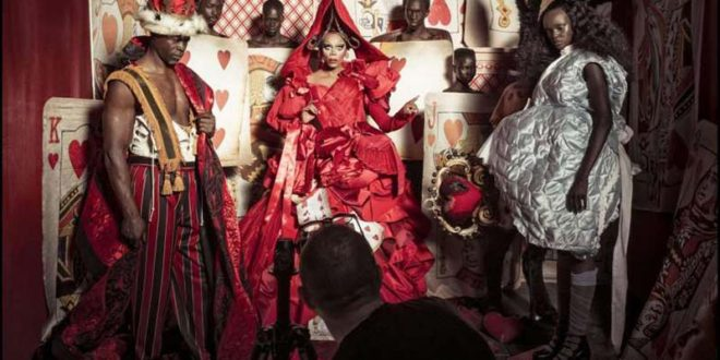 Tim Walker firma il calendario Pirelli 2018