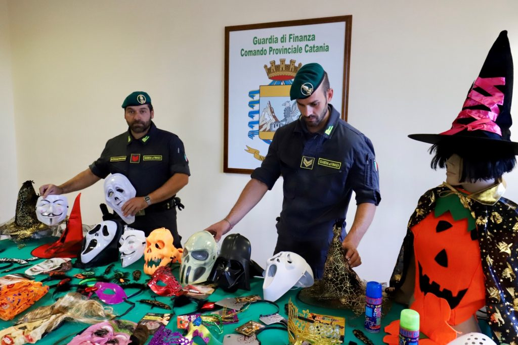 Halloween,guardia di finanza