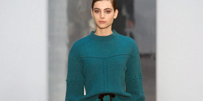 Maglioni di lana colorati e vivaci: gli oggetti cult dell'autunno 2017
