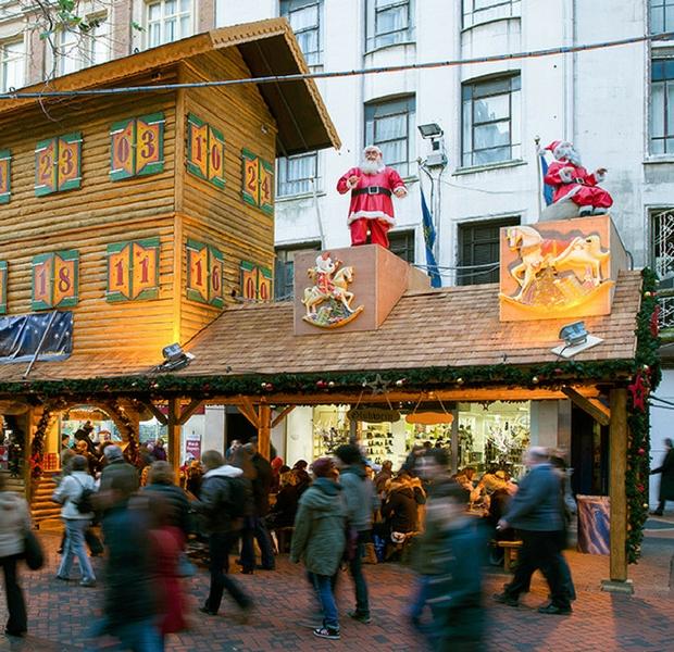 Birmingham-Frankfurt-Christmas-Market-mercato-Natale-tedesco-2017