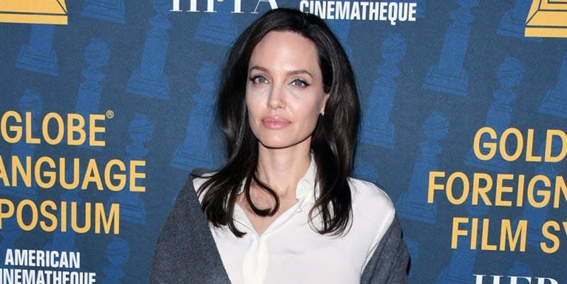 Angelina Jolie,golden globe,falconeri