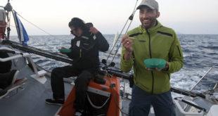 Crossing Routes,mare,pranzo in barca