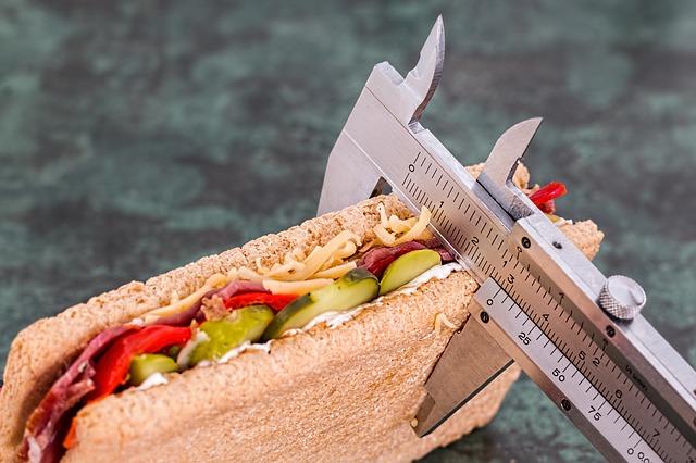 Dieta, digiuno intermittente, calorie